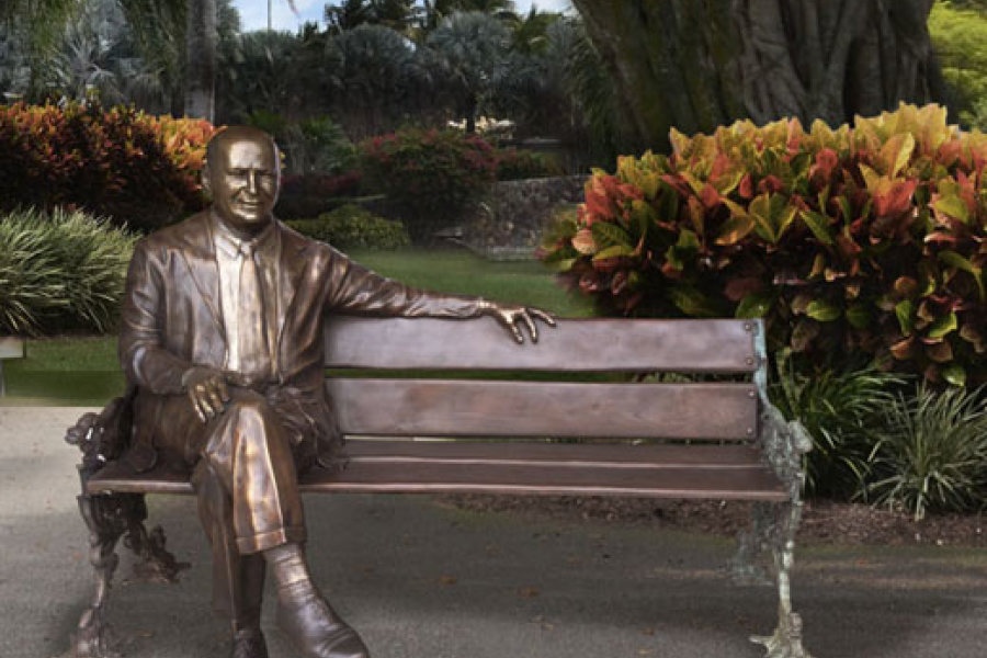 Sculpture of H. Wayne Huizenga